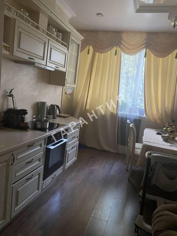 Вологда, Добролюбова улица, дом 52