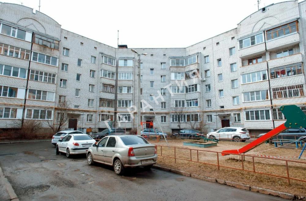 Вологда, Гагарина улица, дом 73